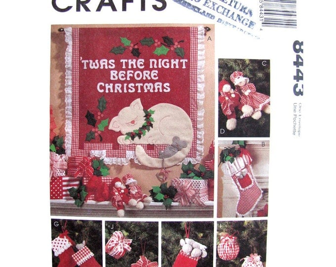Holiday Decor Pattern McCalls 8443 Christmas Stocking Wall Hanging Ornament Garland