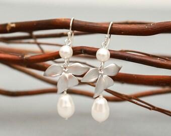 Wedding Jewelry Silver Petal with Pearl Bridal Earrings Sharyn