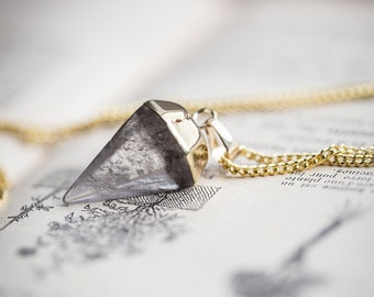 Crystal Quartz Pendulum Necklace Boho Point Pendant Long Gold Necklace modern minimalist jewelry
