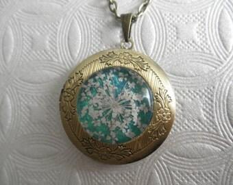 Pressed Flower Bronze Keepsake Locket-Queen Anne's Lace Atop Caribbean Blue-Green Ocean-Gifts Under 35-Symbolizes Peace-Nature's Art