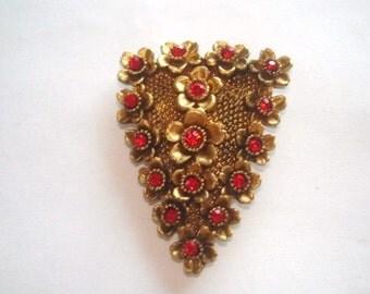 Fur Clip  Vintage Jewelry Red  Rhinestone Brooch Gold Tone
