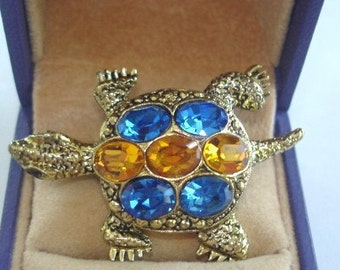 Turtle  Multi Color Rhinestone Vintage  Jewelry Brooch Gold Tone