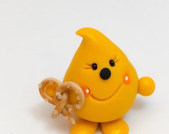 Parker with Salted Pretzel - Polymer Clay Character Figurine