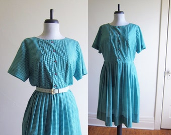 Vintage 1950s Dress / Green Gingham Cotton Shirt Dress / Size Large Extra Large Plus Size