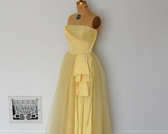 ON SALE - Vintage 50s Dress - 1950s Prom Dress - The Bette