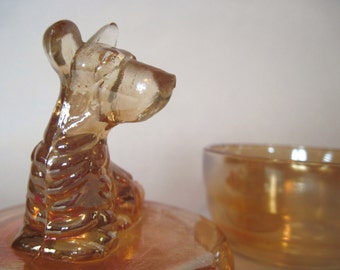 1940s Scottish Terrier iridescent trinket jar - vintage JEANNETTE Glass, scotty dog, MARIGOLD, west highland, CARNIVAL - powder, jewelry box