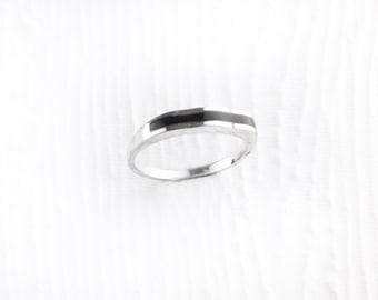 Simplistic Waves Black Onyx Sterling Silver Ring