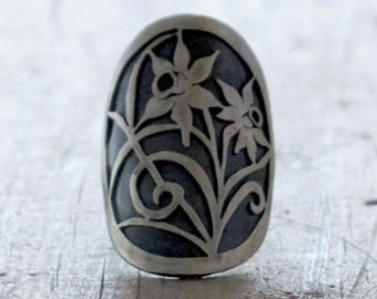 Spoon Ring Daffodil Eco Friendly Silver Spoon Ring Upcycled Sterling Narcissus floral spoon ring hand cut spoon Ring upcycled one of a kind