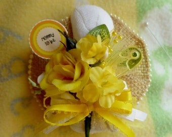 Baby Shower Corsage....Mom to Be Corsage...Baby Sock Corsage....Neutral Baby Shower...New Baby