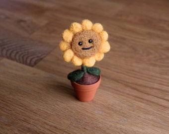 Needlefelted Sunflower (Plants vs. Zombies)