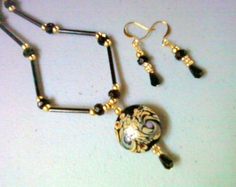Black, Tan and Lavender Necklace and Earrings (0781)