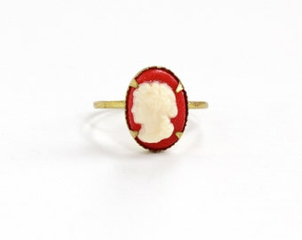 Sale - Vintage Cameo Brass Czech Ring - 1930s Red & White Lucite Cameo Made in Czechoslovakia Size 5 Costume Jewelry