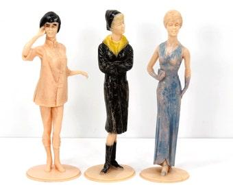 3 Louis Marx Campus Cuties Figurines Vintage 1960s