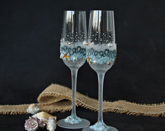Beach Wedding Glasses, Champagne Flutes, Starfish Glasses, Hand Painted, Set of 2