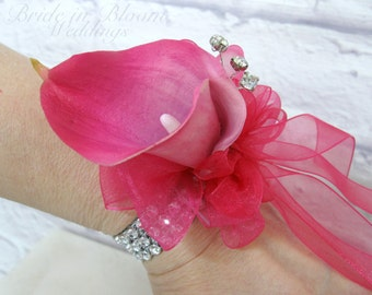 Calla lily wrist corsage - Hot pink Wedding corsage - Mother of the bride corsages