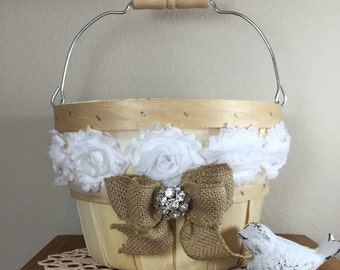 Flower girl basket, Rustic wedding, Wedding party, Flower girl, Wedding basket, Burlap wedding, Country Chic, Shabby Chic flower girl basket