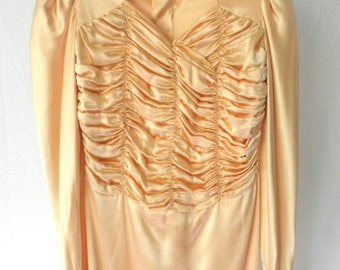 Vintage 40s peach satin gown, tall woman formal Hollywood glamour Ruche, cutter, pattern, long sleeves bridesmaid movie star Jackpot Jen