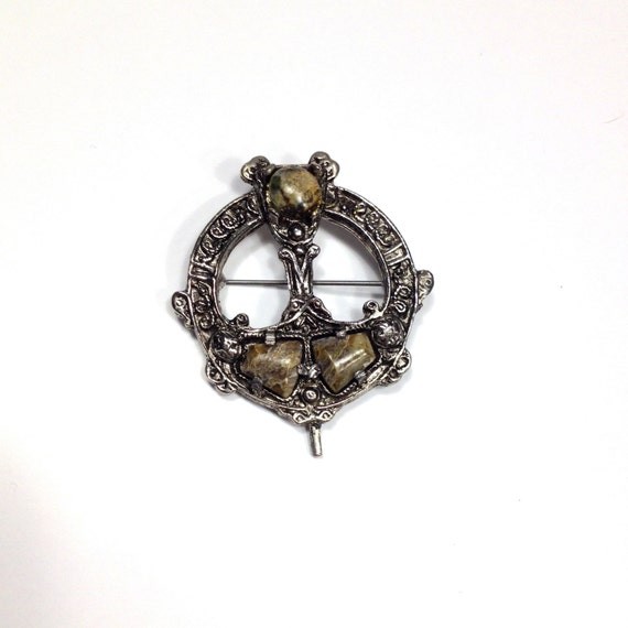 Vintage Connemara Marble Irish Celtic Silver Brooch By