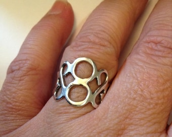 Circles MODERNIST STERLING SILVER Ring Size 8.5 Large