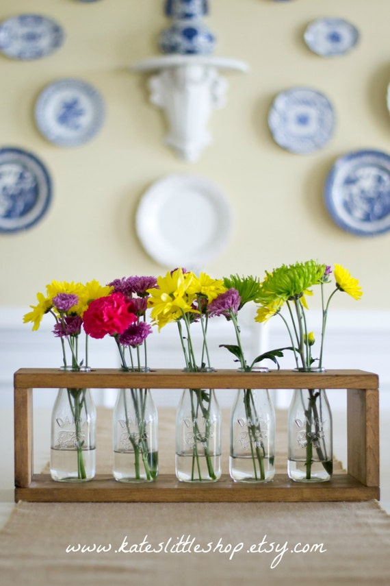 Hand made milk bottle centerpiece dinning room kitchen table for Kitchen decoration with flowers