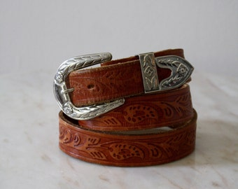 Belt Leather Silver Metal Tooled Brown Detailed - Women's XS S M - 1970s Vintage