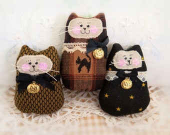 Halloween CAT Ornaments, Set of  3 Kitty onaments, Autumn Fall Ornies Bowl Fillers Primitive Favors Decorations CharlotteStyle Home Decor