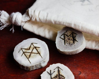 Bindrune Set of 3 Elder Futhark Runes  Antler Asatru Pagan Talisman Sigils