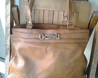 AGE   ///    70s Leather Tote