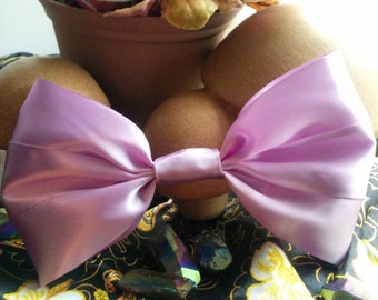 Lilac Hair Bow. Light Purple Hair Bow. Giant Hair Bow. Handmade Hair Bow. Pastel Hair Bow. Lavendar Hair Bow. Big Pastel Bow. Big Hair Bow.