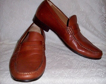 Vintage Men's Brown Leather Loafers Slip Ons by Johnston & Murphy Size 8 Only 10 USD