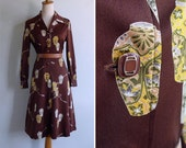 Vintage 70's 'Japanese Vases' Novelty Print Polyester Shirt Dress S