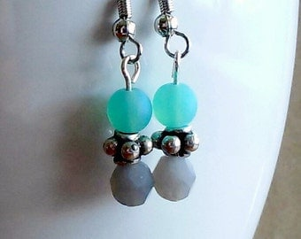 Earrings -- Alicia -- glass beads -- sea foam, gray, silver