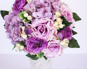 Issabelle - Wedding bouquet, lilac hydreangea and roses, purple ranunculas and berries.