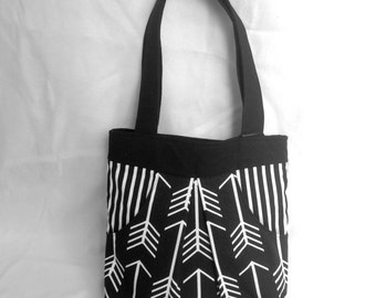 Black and White Purse | 7 Pocket Pleated Canvas Shoulder Bag | Two Handle Purse | Tote with Pockets | Arrow Print | Black and White Bag