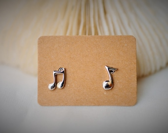 925 Sterling Silver Earring - MUSIC NOTES Stud Earring  ~ 7mm - Girls / Casual / Cutie