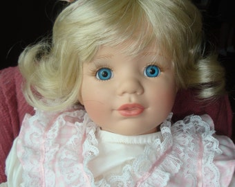 Susan Wakeen designed doll 1993 marked 304/2500