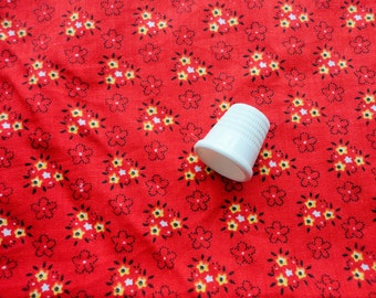 tiny yellow flowers on red vintage cotton fabric placemats and remnant