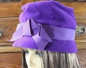 Antique Velvet Cloche Hat- Violet Purple Velvet with Grosgrain Band and Bow- INCLUDES Hat Box!- 1930's - 1940's