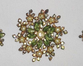 Vintage BEAU JEWELS Brooch and Earrings, Lots of Green Shimmer