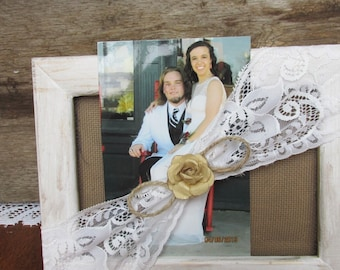 Upcycled  Wood Picture Frame, Shabby Distressed White Picture Holder, Earring Holder