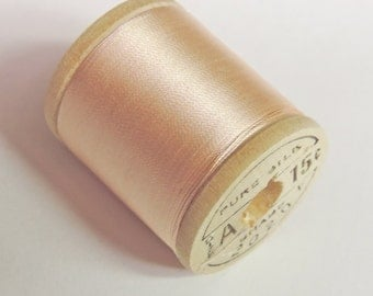 Vintage Corticelli Pure Silk Hand Sewing Embroidery Thread 50 Yd. Wooden spool Shade 2020 Beautiful Iced Pastel Pink