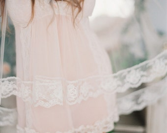 Vintage Rose Lace Edge Veil, Fingertip Veil with Lace, Double Layer Wedding Veil #704V