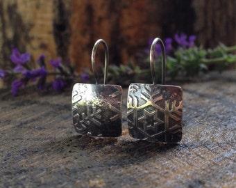 Snowflake Sterling Silver Dangle Earrings. Etched Snowflake Pattern Dangle Earrings. Winter Christmas Jewelry. Square Beveled Earrings.