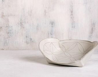 White Ceramic Tray, white serving  platter ,  modern platter , textured ceramic tray , Winged Serving Tray , valentine's day gift ,homedecor