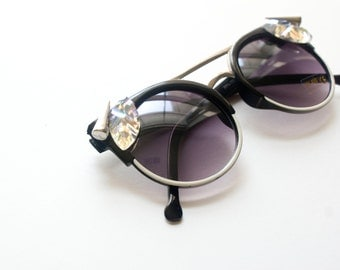 Black Sunglasses Round Frame with Crystals and Spikes