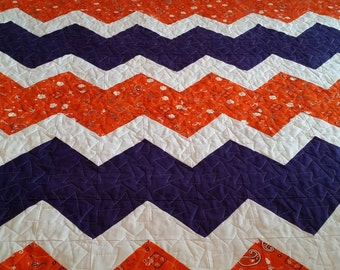 Chevron Collegiate Quilt, Made to Order, Stadium Blanket, Dorm Quilt, Dorm Blanket, Couch Throw - you choose size, school and colors