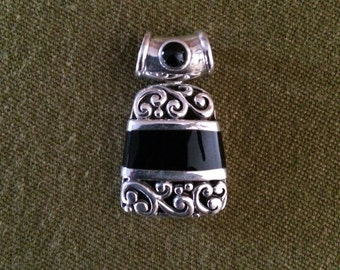 Black Onyx and Sterling Silver Filigree Pendant