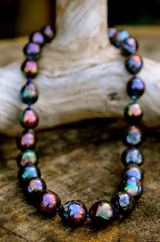 stunning black baroque pearl necklace large kasumi pearl. Black Bedroom Furniture Sets. Home Design Ideas
