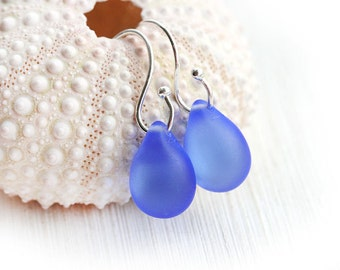 Blue Beach Earrings, Drop earrings, Seaglass earrings, Periwinkle blue, Teardrop earrings, Briolettes, Simple, Minimal dangle earrings