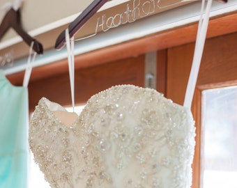 Personalised Wedding Bridal Dress Hanger with Flower or Bow